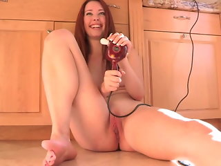 American MILFs Masturbate and Fuck Daily - Melody