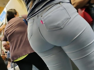 Big ass in white jeans so hot candid