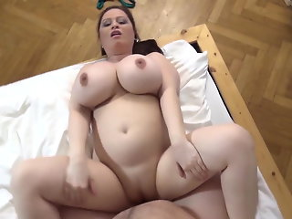 Pregnant Milf fucks me as I am a gentle man