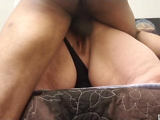 milf pussy squirting hard