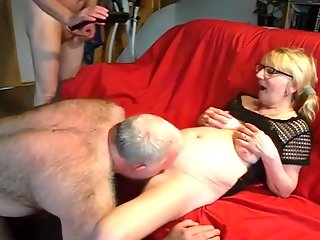 BI COUPLE THREESOME