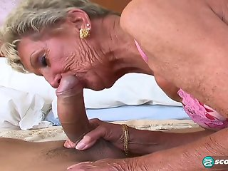 Sandra Ann Plays Sticky Face - 60PlusMilfs