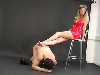 Nikki Whiplash - great femdom - ballbusting and ball torture