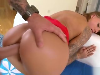 Juelz Ventura anal fucked by a huge shaft