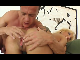 Drunk MILF Do Cumshot