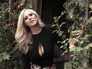 Amazing blonde milf with big tits, Julia Ann likes the way a new gardener is satisfying her