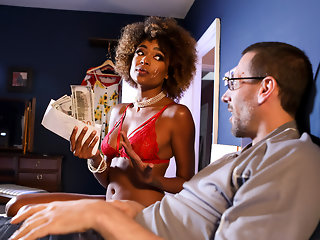 Luna Corazon & Danny D in It Pays The Bills - BRAZZERS